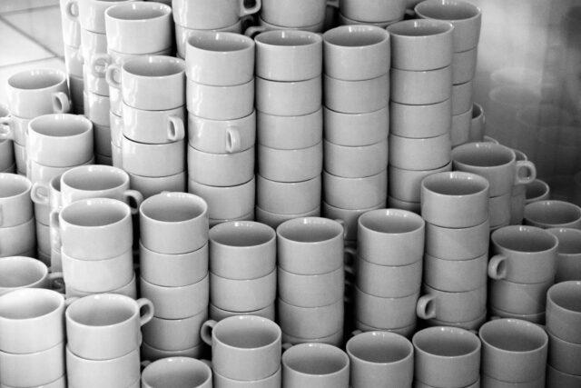 陶器と磁器の違いとは